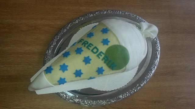 Schultüte-Torte